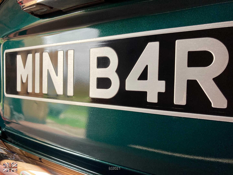 TGG M1N1 B4R